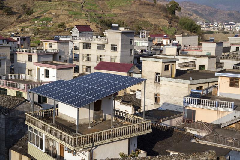 屋顶发电成农村新景