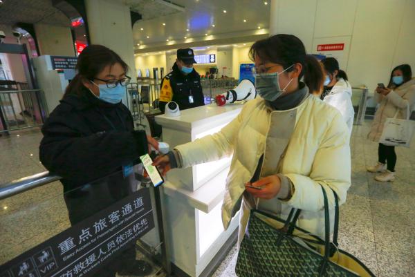 千岛湖高铁站防疫常态化